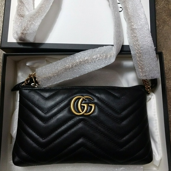 f76a8ec66df Authentic - Gucci Marmont Mini Chain Bag